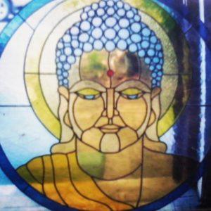 kaca patri bali buddha